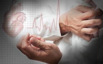 Признаки заболеваний сердца: что делать, если давит в области сердца?