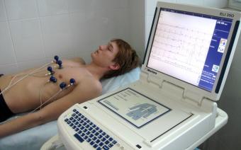 Всё о нарушениях сердечного ритма: как снять фибрилляцию и трепетание предсердий?