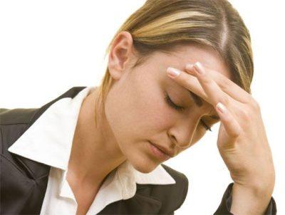 Причиной мигрени может быть дефицит ферментов в кишечнике