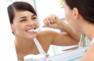 Тщательная чистка зубов помогает предотвратить сердечные приступы и инсульты