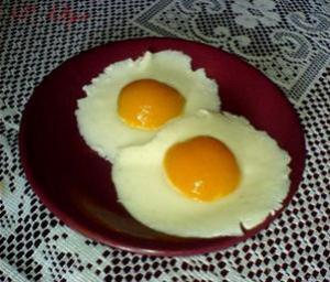 Блюдо из яиц с беконом во время беременности влияет на память будущего ребенка