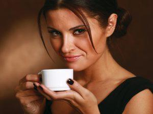 Регулярное употребление кофе снижает вероятность развития инсульта у женщин