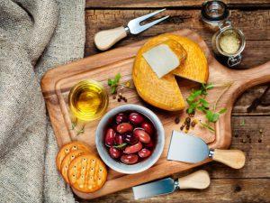 Жир как лекарство от сердечно-сосудистых заболеваний: почему нам нельзя покупать обезжиренные продукты