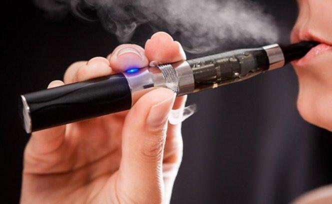 Электронные сигареты повышают риск разрушений сердца в три раза