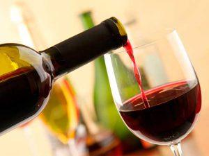 Этот алкогольный напиток поможет укрепить сосуды