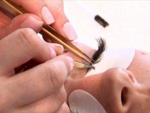 Услуги обучения наращивания ресниц от популярной школы «BEAUTY LOOK»