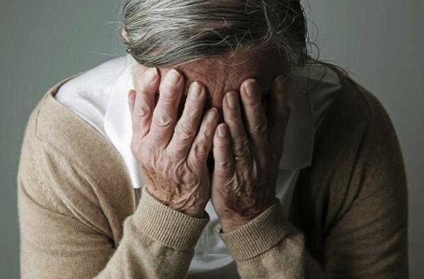 Гипертоническая болезнь в среднем возрасте повышает риск деменции у женщин