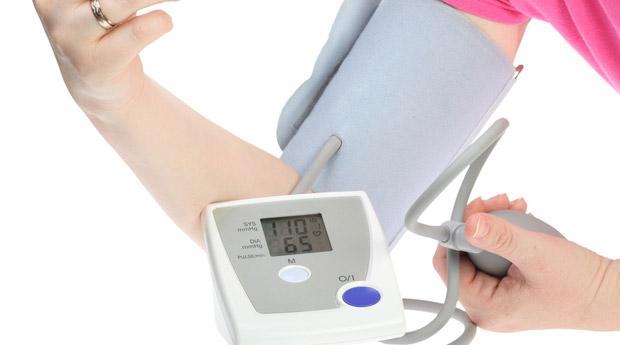 Как нормализовать артериальное давление в домашних условиях?