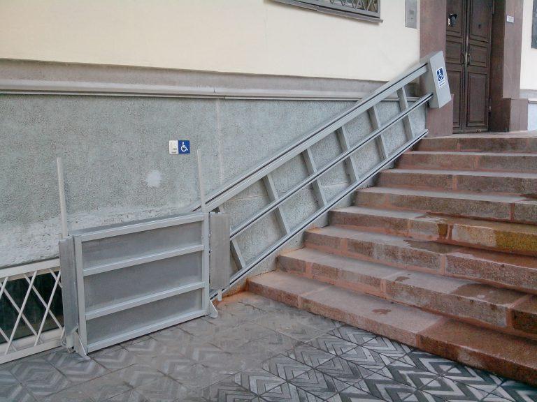 Установка подъемников для инвалидов в Челябинске