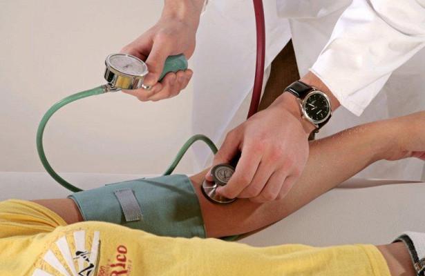 Пережившим в детстве рак людям чаще угрожает гипертония