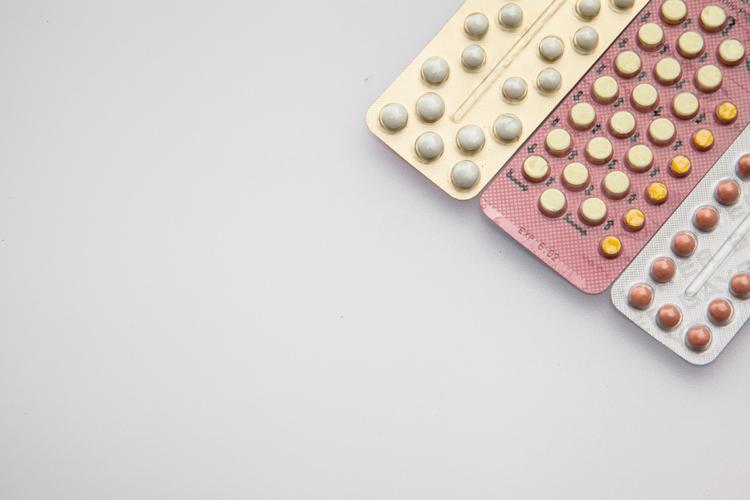 Контрацепция и вредные привычки: что нужно учитывать при подборе препаратов