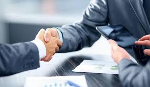 Компания «МосКапитал» оказывает помощь в оформлении кредитных займов