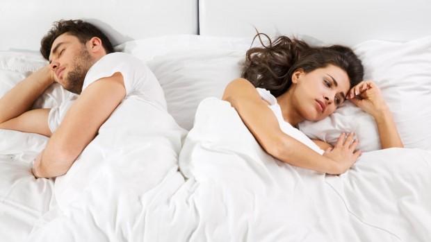 Пары, которые ложатся спать в ссоре, могут пострадать от болезни Альцгеймера