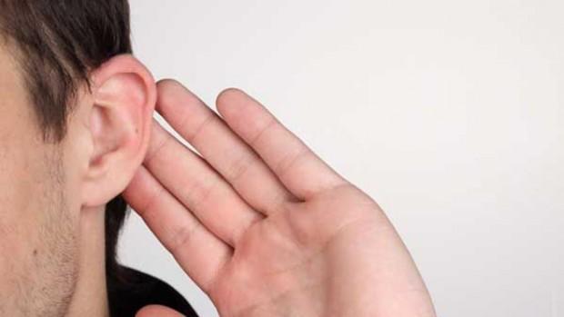 Повышенный риск развития инсульта наблюдается у людей, имеющих складку на ухе