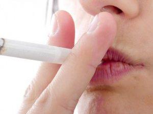 Всего одна сигарета в день повышает риск возникновения инсульта