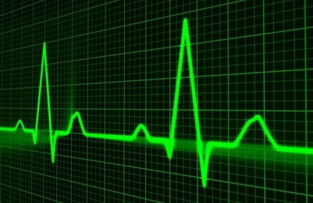 Нейросеть научили предсказывать заболевания сердца по глазам