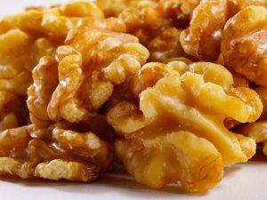 Грецкие орехи с медом для повышения потенции: народные средства для мужчин