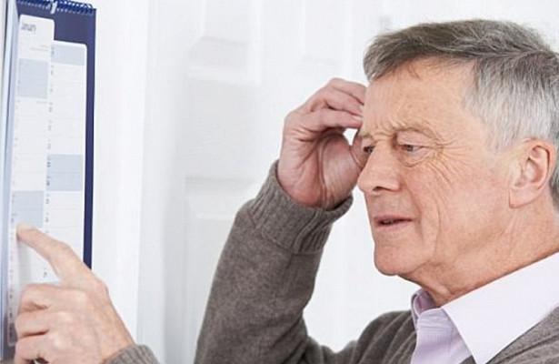 Плохой слух и депрессия приближают старческое слабоумие