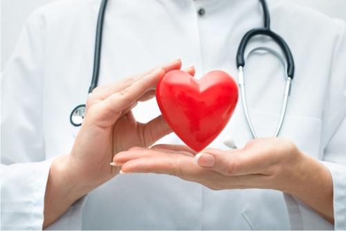 6 необычных признаков серьезных проблем с сердцем