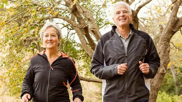 Быстрая ходьба защищает от сердечных проблем в пожилом возрасте