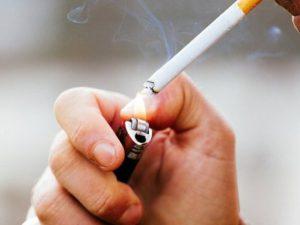 Курение повышает риск развития деменции