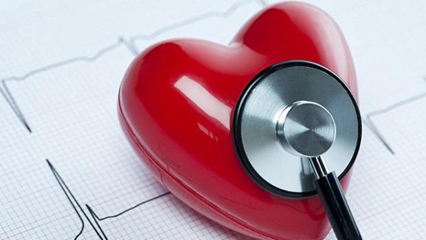 Высокотехнологичные очки, контролирующие давление, помогут снизить риск развития инфарктов и инсультов
