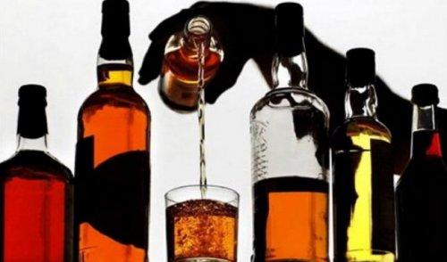 Алкоголь защищает от инфарктов, но повышает риск рака