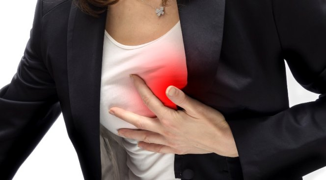Три сильных стресса вызывают болезни сердца у женщины