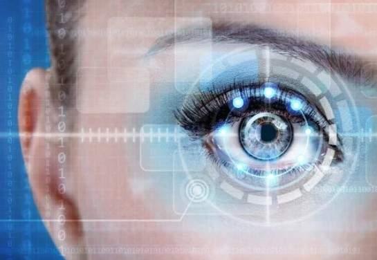Болезнь Альцгеймера научились диагностировать по глазам