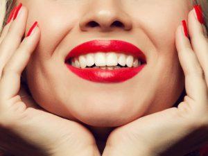 Отбеливание зубов: нужно ли оно?