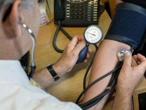 Медики выяснили, сколько людей не знает, что у них гипертония