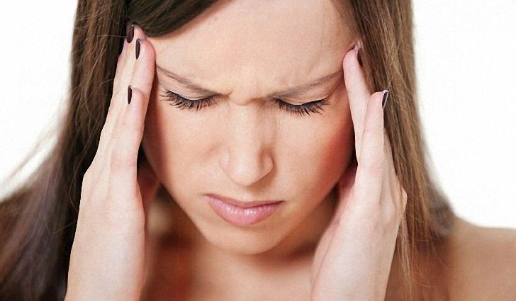 Регулярная головная боль и тошнота