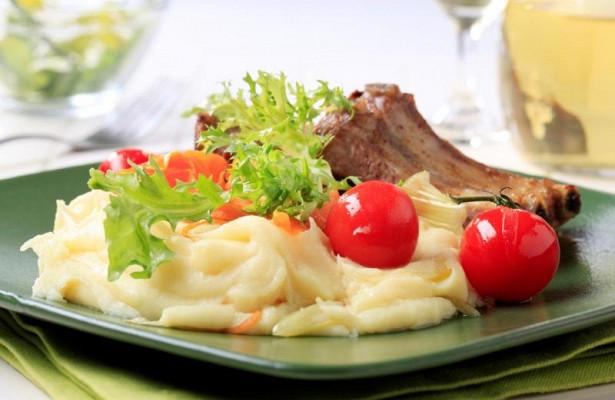 Ученые: желающим не заболеть диабетом нужно ужинать до 6 вечера