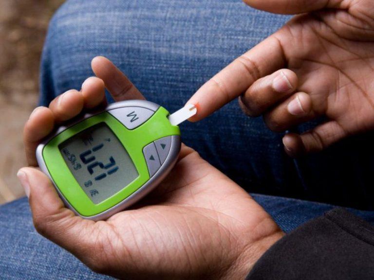 Диабетики напрасно так часто проверяют уровень сахара