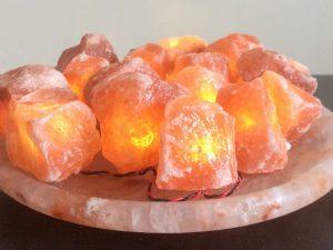 Соляная лампа гималайской соли