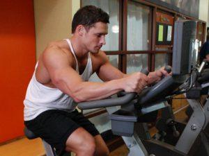 Упражнения на выносливость укрепляют сердце мужчинам