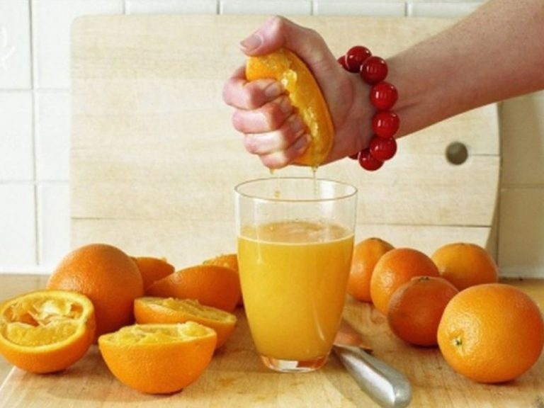 Фруктовые соки защищают от болезней сердца и сосудов