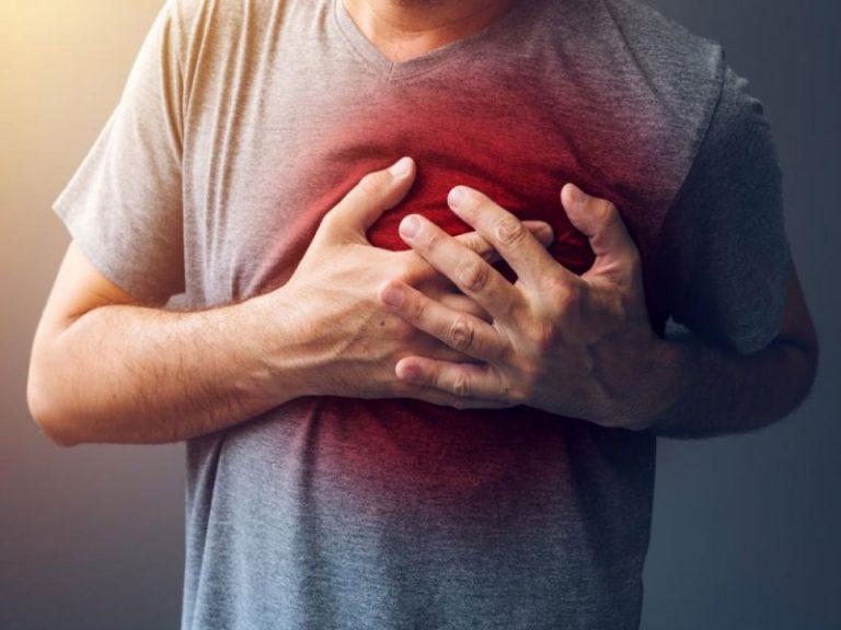 Одинокий человек чаще семейных страдает от ожирения и болезней сердца и сосудов