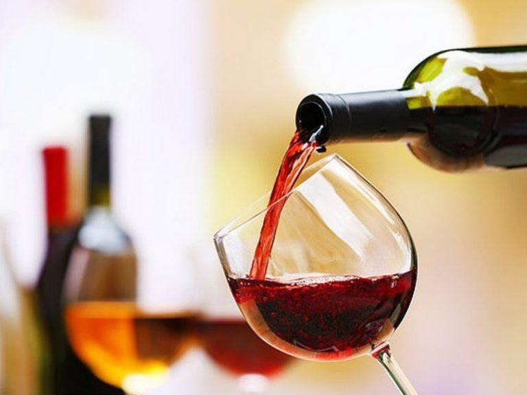 Ежевечерний бокал вина увеличивает риск инсульта