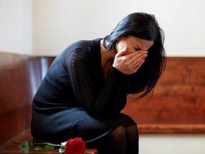 Скорбь по умершему родственнику повышает риск болезней сердца