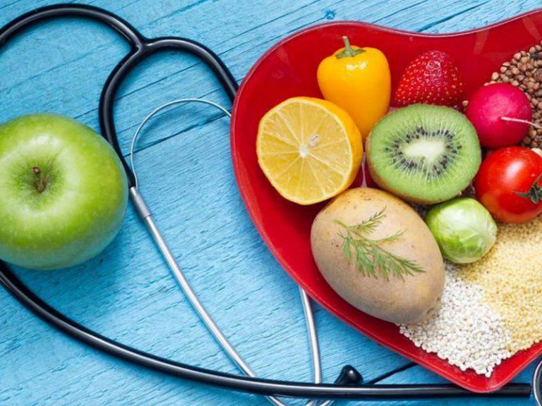 Повышенный холестерин и питание: какие продукты разрешено есть?