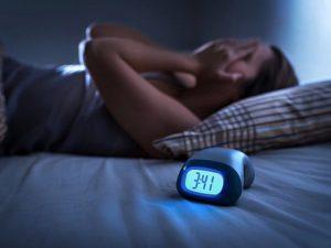 Нерегулярный сон повышает риск ожирения и гипертонии