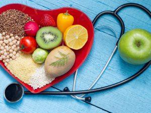 Картофель, молоко, яйца, брокколи, сок свеклы, овсянка и шоколад помогают снижать давление
