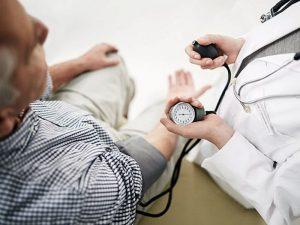 «Гипертония белых халатов» удваивает риск смерти от болезней сердца