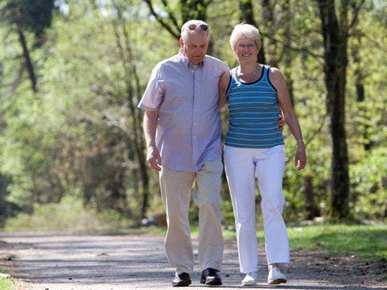 10-минутная прогулка после еды эффективна для снижения сахара в крови у диабетиков