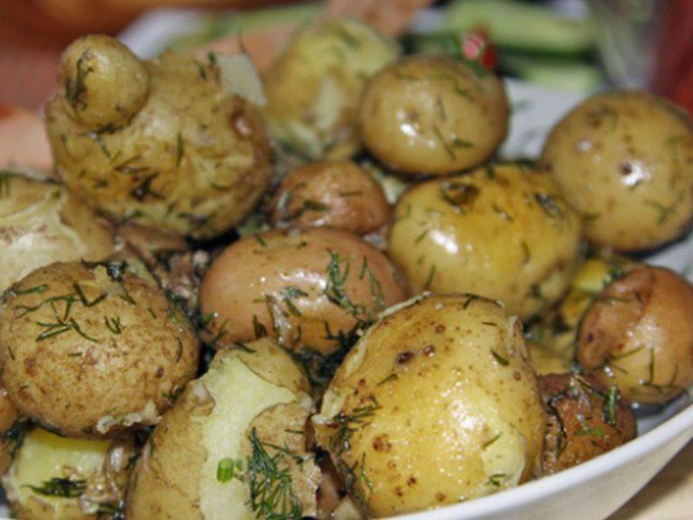 Употребление картофеля в мундире эффективно снижает давление