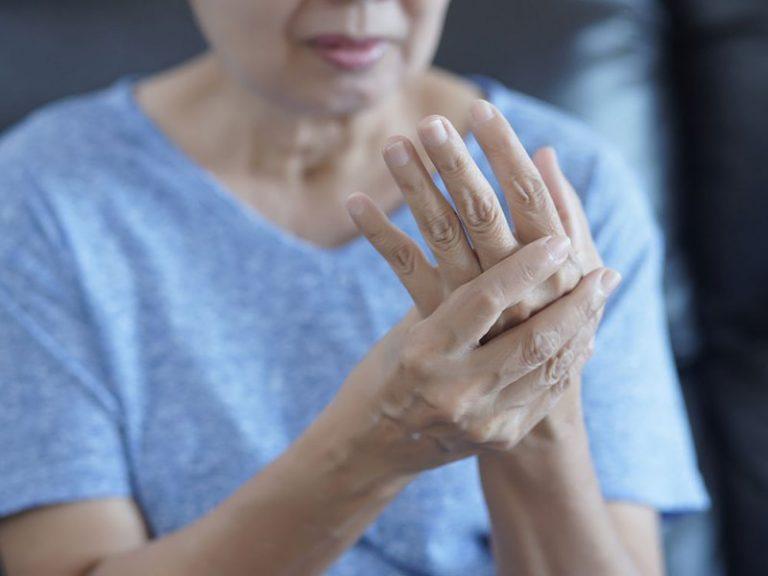 Жертвы артрита чаще умирают от болезней сердца