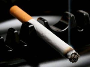 Курение в три раза повышает риск смерти от сердечно-сосудистых заболеваний