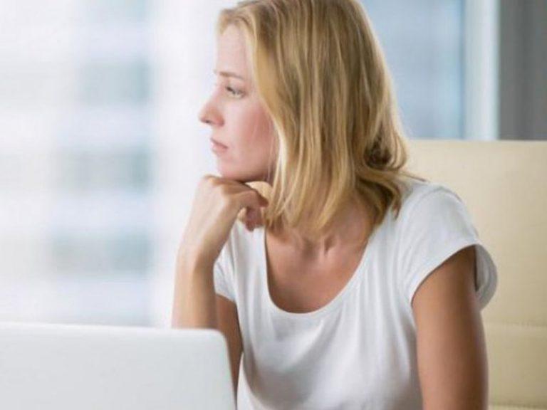 Для защиты от диабета женщины должны вставать со стула каждые 30 минут