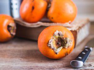 Хурма: нутрициолог рассказывает о пользе и вреде любимого осеннего фрукта
